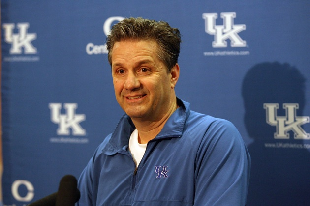 John Calipari's Wildcats took a tumble but remained ranked in both polls this week. (USATSI)