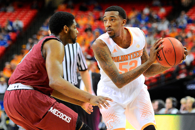 Jordan McRae and Tennessee are capable of making a run if they can get past Iowa. (USATSI)