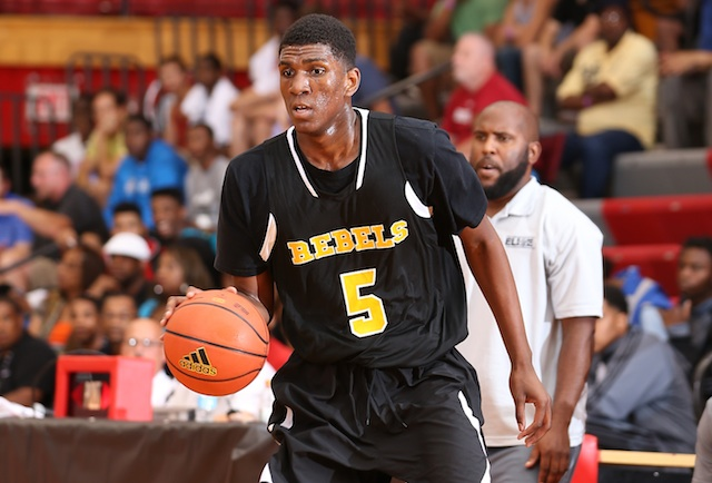 Kevon Looney's ability to score inside and outside creates matchup problems for most opponents. (Adidas)