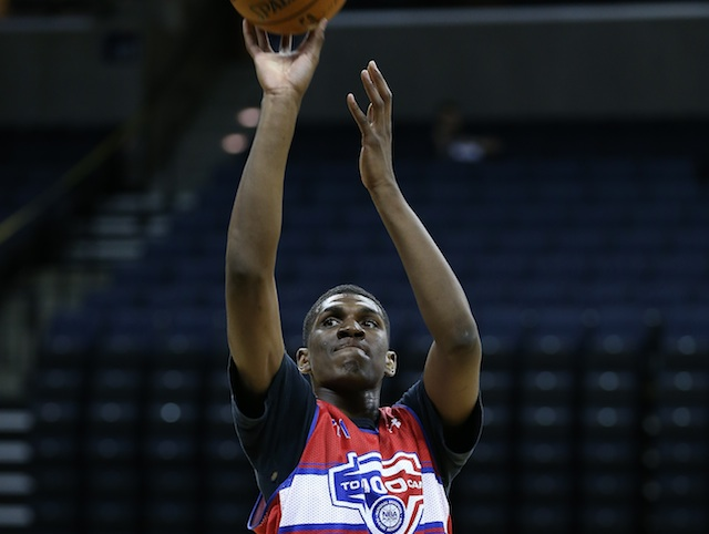 Kevon Looney averaged 10 points and seven boards at the recent NBPA Top 100 camp. (Kelly Kline/Under Armour)
