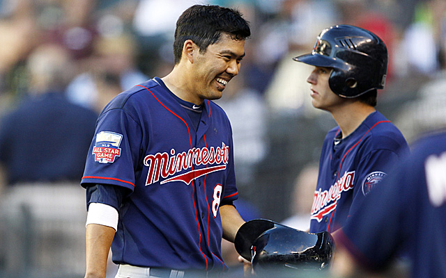 Twins sign Kurt Suzuki to two-year contract extension ...