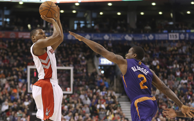 Kyle Lowry and Eric Bledsoe are the best free agent point guards.    (USATSI)