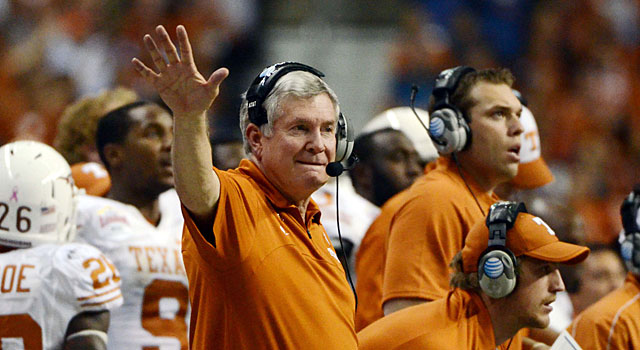 Mack Brown was honored by the Texas band and mascot during the Alamo Bowl.  (USATSI)