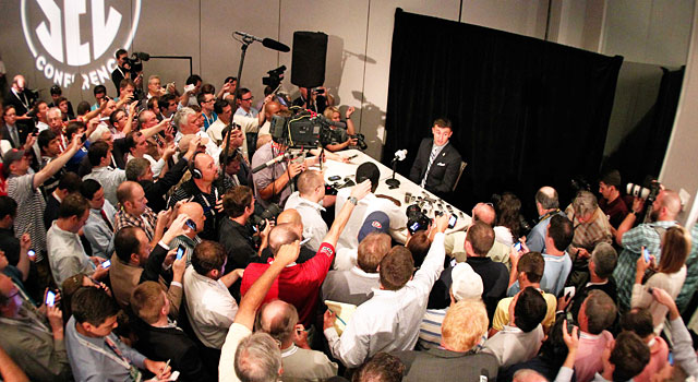 There was quite a scene when Johnny Manziel spoke at SEC Media Days. (USATSI)
