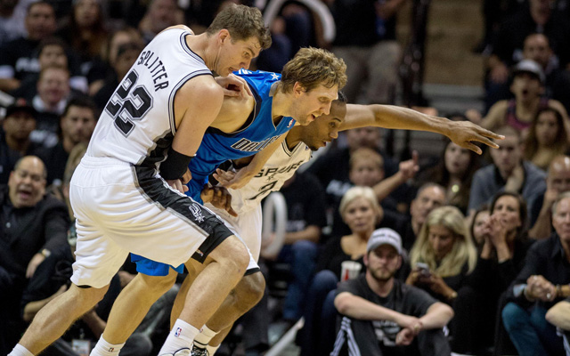 The Mavericks almost broke free of the Spurs in Game 1. (USATSI)
