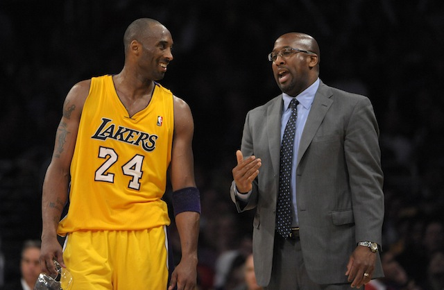 Mike Brown has plenty of experience coaching in Los Angeles, and has coveted NBA background. (USATSI)