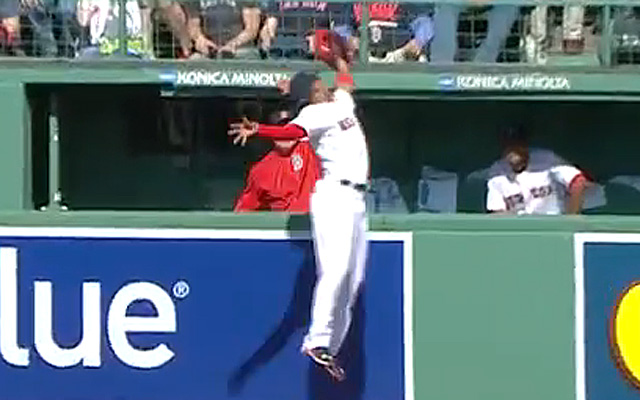 Mookie Betts robs Bryce Harper of a home run.