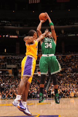 paul-pierce-celtics-lakers