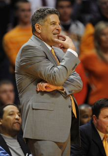 Does Bruce Pearl's return to the sidelines matter?