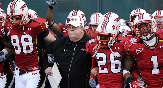 Ralph Friedgen running on to the field with Maryland for the last time. (USATSI)