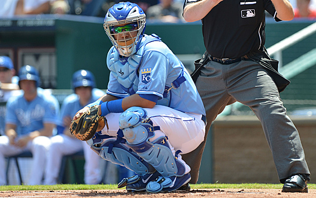 Could backstop Salvador Perez have another head injury?