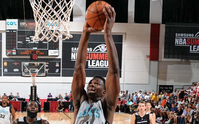 Noah Vonleh took to rebounding in Summer League.   (USATSI)