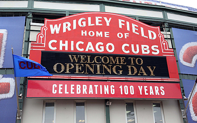 The new Wrigley Field renovation plan was approved by the landmarks commission.