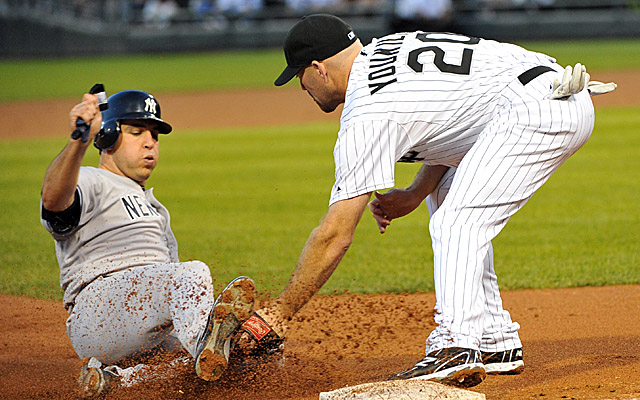 Mark Teixeira and Kevin Youkilis last season, before they were teammates.