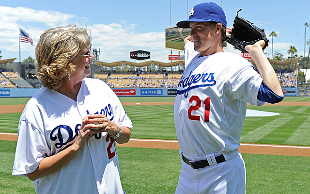 Greinke, with his mother on Mother's Day.