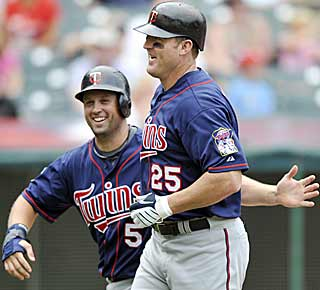 The pursuit for 600 now focuses its attention on Jim Thome, who sits 22 homers short of the milestone. (AP)