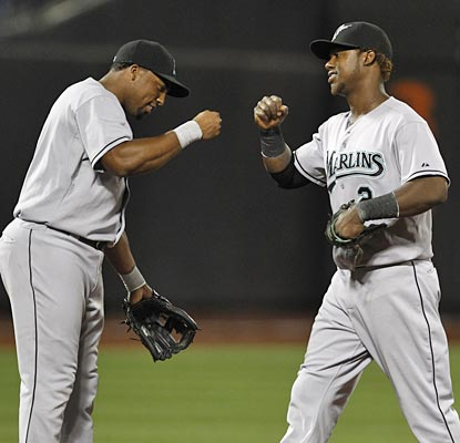 Hanley Ramirez gets props from Hector Luna after the All-Star caps a 10-for-15 series with a homer in three hits.  (AP)