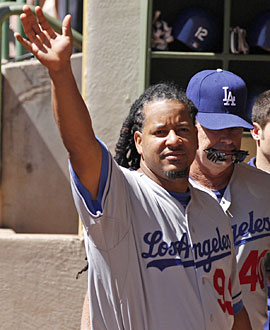 Despite Dodger fans' initial love affair, Manny's farewell musters little emotion. (AP)