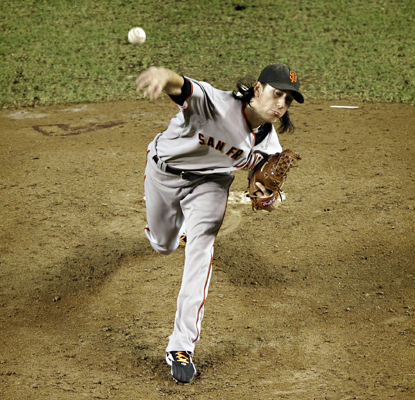 Tim Lincecum strikes out 11 to defeat the Diamondbacks and keep the pressure on the NL West-leading Padres. (Getty Images)
