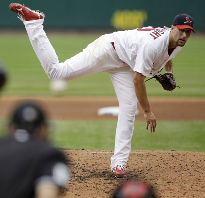Cardinals starter Adam Wainwright allows one run in eight innings to nab his 19th win of the season. (AP)