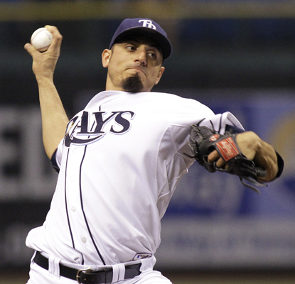 Matt Garza allows only one run in seven innings to lead the Rays past the Mariners.  (AP)