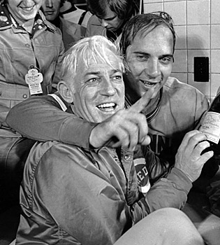 Sparky Anderson celebrates with Johnny Bench in October 1975 after the Reds' Game 7 World Series victory. (AP)