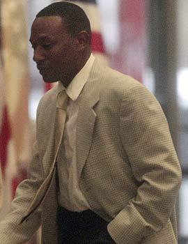 Steve Hoskins, a childhood friend of Barry Bonds and the prosecution's star witness, has wrapped up his testimony. (AP)