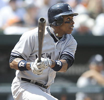 Curtis Granderson, who finishes with three hits, provides a two-run blast in the opening inning.  (AP)