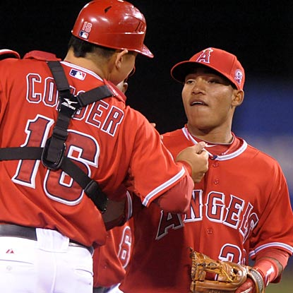 The diminutive Alexei Amarista receives kudos for his special debut with the Angels.  (US Presswire)