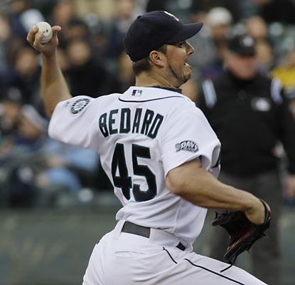 Erik Bedard dominates on the mound and flirts with a no-no until he gives up a hit in the sixth inning. (AP)