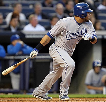 Melky Cabrera watches his RBI double Thursday night as the Royals get a win on the road. (AP)