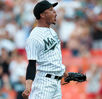 Leo Nunez earns his 17th save as the Marlins beat the Rays for a second straight day.  (US Presswire)