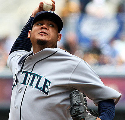Felix Hernandez matches his career high of 13 strikeouts in a dominant outing against the light-hitting Padres.  (US Presswire)