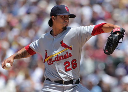 Kyle Lohse matches a MLB best by picking up his seventh win of the season after a strong outing against the Rockies.  (Getty Images)