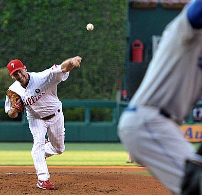 Cliff Lee reaches double-digits in strikeouts for the sixth time this season and for the 15th time in his career.  (Getty Images)