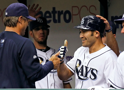 Johnny Damon becomes the 11th player to accumulate 500 doubles, 100 triples, 200 homers and 2,500 hits. (Getty Images)