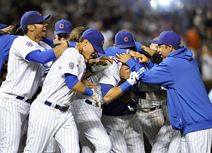 After the Cubs squander their lead in the top of the ninth, Aramis Ramirez helps them get it right back -- in walk-off style. (AP)