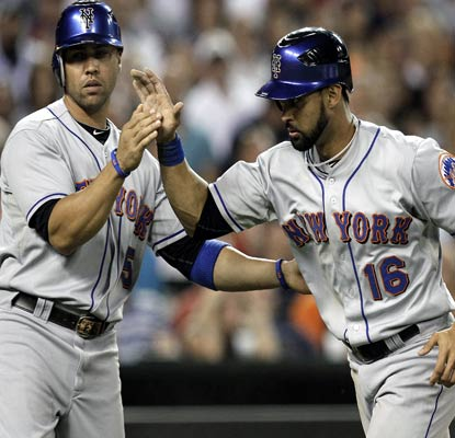 The Mets, who set a team record with 52 runs over four games, defeat the Tigers on consecutive nights. (AP)