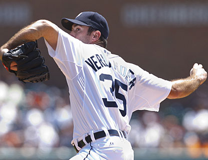 Justin Verlander holds the Mets to one run and finishes June with a 6-0 record. (US Presswire)
