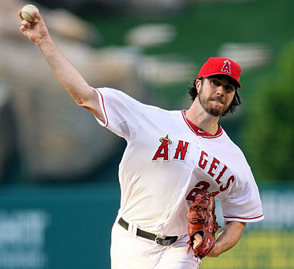 Dan Haren's gem includes retiring 19 of Detroit's last 20 batters and also outdueling Justin Verlander. (Getty Images)