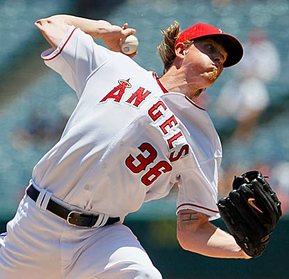 Jered Weaver reduces his major league-best ERA to 1.81 in the Angels' shut out of the Rangers. (Getty Images)