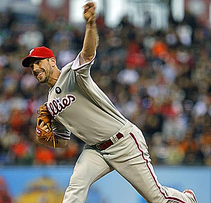 Cliff Lee becomes the first pitcher to record five shutouts in a season since Dontrelle Willis in 2005.  (AP)
