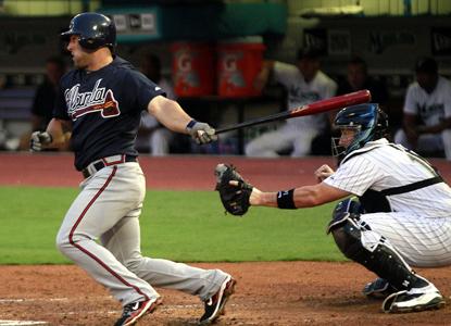 Despite hitting .220 on the season, Dan Uggla ups his MLB-best hitting streak to 29 games.  (Getty Images)