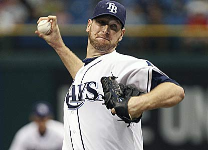 Jeff Niemann allows one run over 6 1/3 innings to win his sixth straight decision for Tampa Bay. (AP)