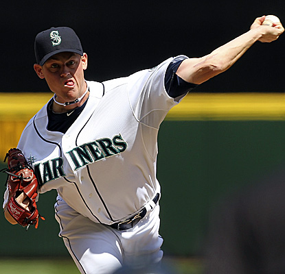 Mariners starter Charlie Furbush holds out for a career-best seven innings, allowing just one run vs. the Red Sox. (Getty Images)