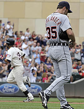 Verlander couldn't hold a four-run lead for the first time in his career, but still managed to earn his 20th win. (AP)