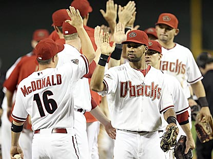 With their 13th consecutive home victory, the Diamondbacks are closing in on their first division championship since 2007.  (Getty Images)