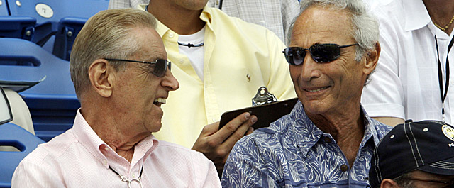 Mets owner Fred Wilpon (left), here with Sandy Koufax, was in court Monday. (AP)