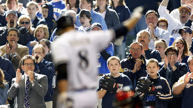 Brewers fans prove they still have plenty of love for Ryan Braun, who endured a very rough offseason. (AP)