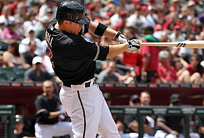 Aaron Hill homers in the first inning, then again in the second to lead the D-Backs with 3 RBI. (Getty Images)